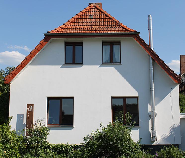 Haus Kaufen In Bad Essen Immobilienscout24: Info Zur Person Mit Bilder, News